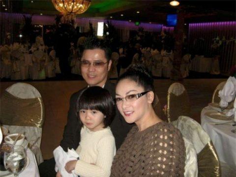 Ca sĩ hải ngoại Như Quỳnh: Chồng bỏ đi, làm mẹ đơn thân ở tuổi U50